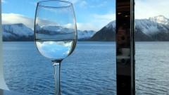 Die MS Polarlys südwärts Richtung Tromsø