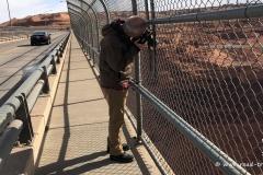 Der Fotograf auf der Glen Canyon Bridge